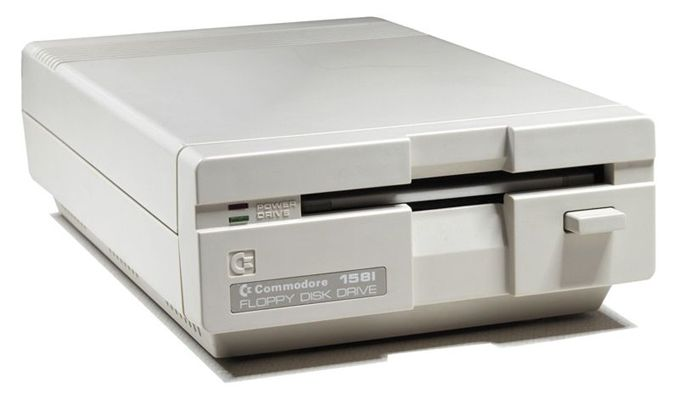 commodore1581